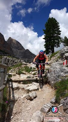 Biken in Cortina