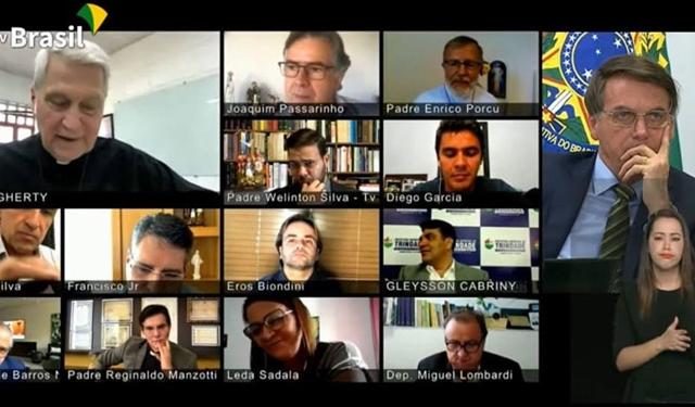 TVs católicas oferecem a Bolsonaro
