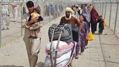 कंगाली की ओर बढ़ रहे अफगानिस्तान को मदद