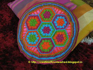 Crochet hexagon cushion cover2