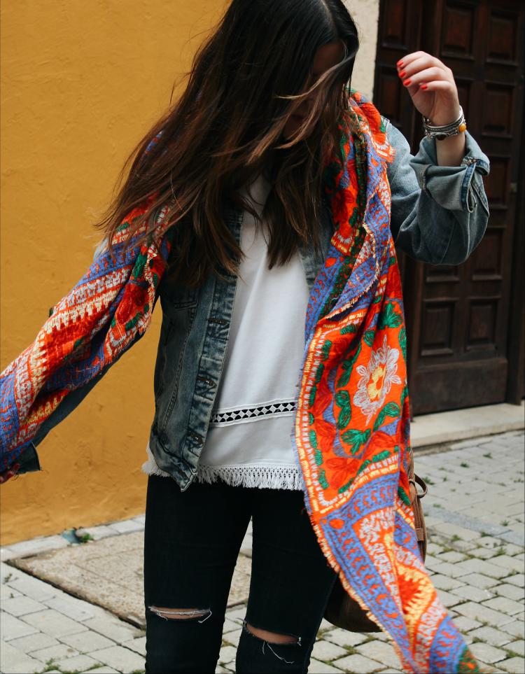 look de entretiempo pañuelo zara blog de moda