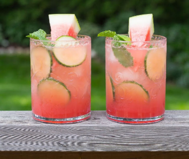 WATERMELON AND CUCUMBER MOJITOS