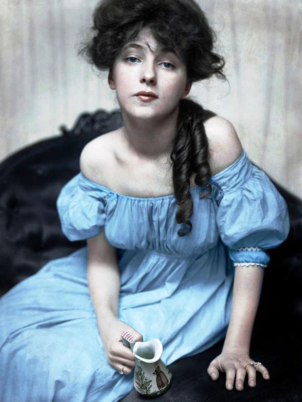 Hình ảnh phụ nữ ngày xưa và ngày nay_8