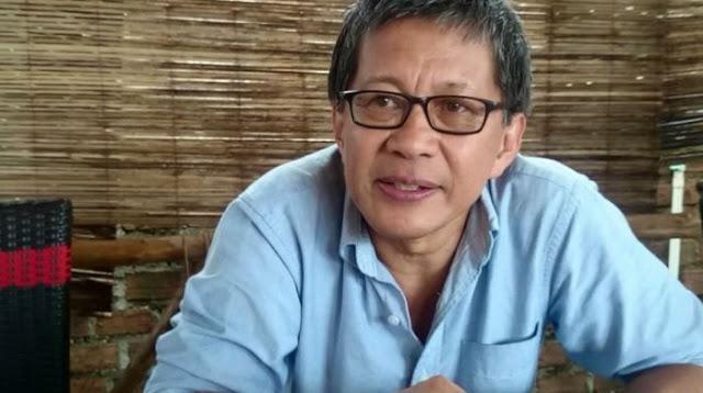 Para Menteri Serang Anies, Rocky Gerung Anggap Seperti Menggarami Laut