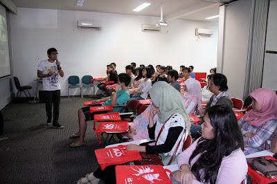 Memilih Jurusan Sekolah Digital Marketing