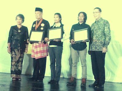 Fakultas Ilmu Budaya Universitas Indonesia Bagikan Penghargaan Pada 3 Tokoh Penjaga Budaya Dan Tradisi