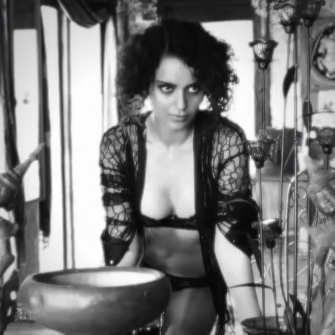 kangana ranaut seduces in black lingerie bikini