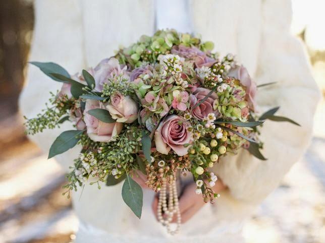 Make Your Own Winter Wedding Bouquet