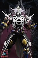 S.H. Figuarts Kamen Rider Evol Black Hole Form (Phase 4) 20