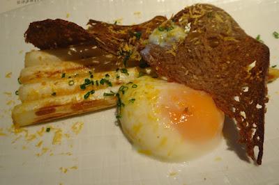 Bistro Du Vin, white asparagus