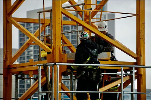 6 Things to Consider When Looking for a Safety Harness