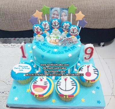 Kue Tart Ulang Tahun Doraemon Fondant