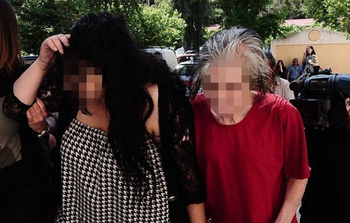 «Αφήστε με να βγω από τη φυλακή!», λέει η 18χρονη που πέταξε το μωρό της στα σκουπίδια