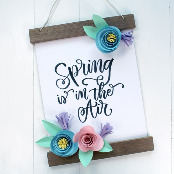 Make a rolled paper flower banner for Spring!
