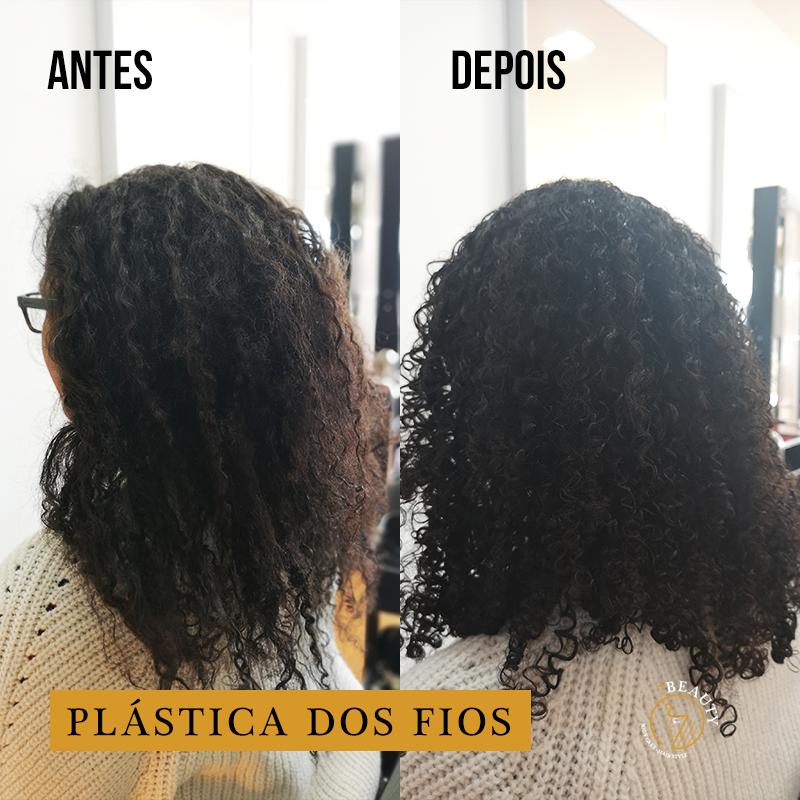 Plástica dos fios cabelo crespo