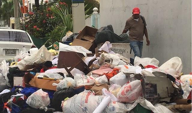 Sigue mostrando deficiencias servicio recogida basura en Santo Domingo