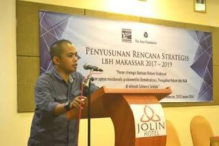 Hazairin AR di Mata Direktur YLBHI -LBH Makassar