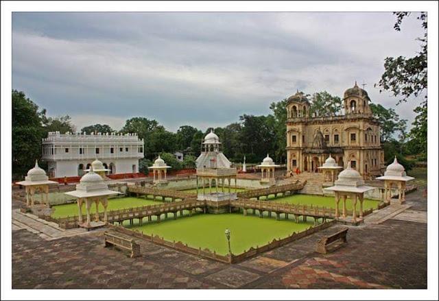 सिंधिया राजघराने की क्षत्रियाँ Scindia chattri