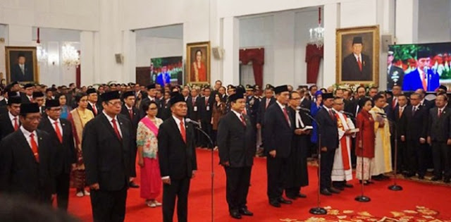 Kabinet Jokowi Cuma Untuk Redakan Konflik Di Kalangan Elite