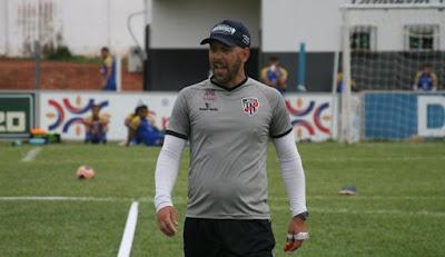Caiu! Fabiano Borba não é mais o treinador do Jaraguá