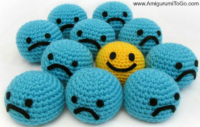 crochet smiley balls