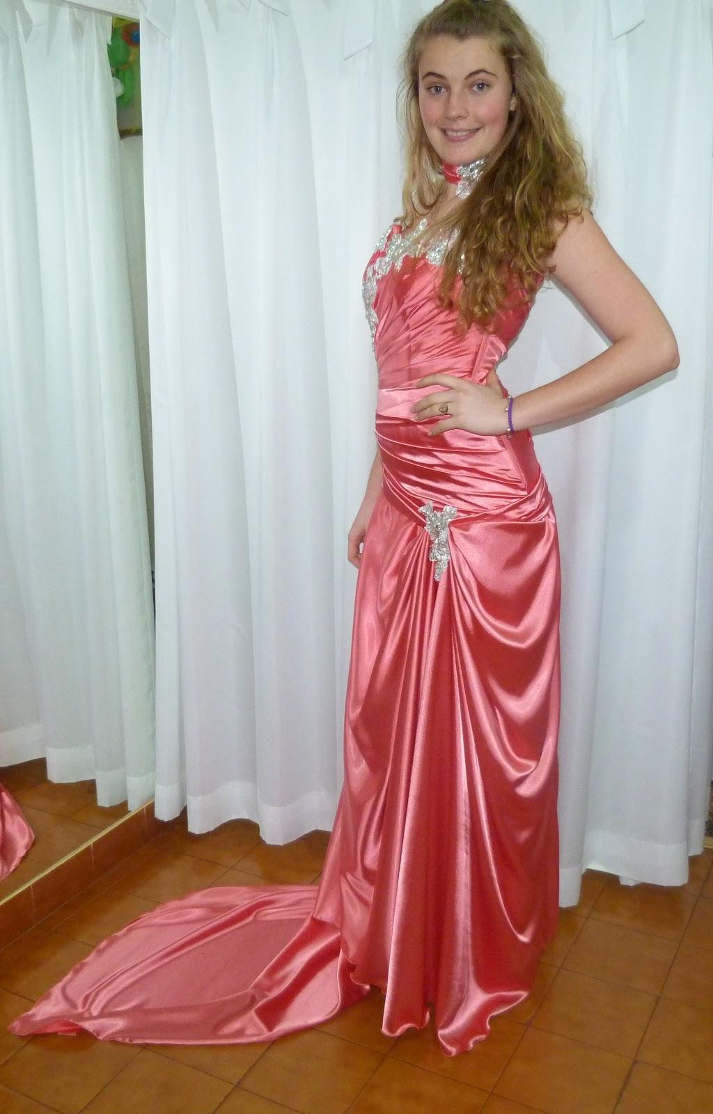 Excepcional Vestido De Recepción Para Los Novios Molde - Colección ...
