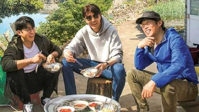 Download Reality Show Three Meals a Day: Fishing Village 5 Batch Subtitle Indonesia