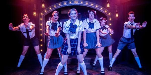9+ Perbedaan Kabaret dengan Drama Musikal