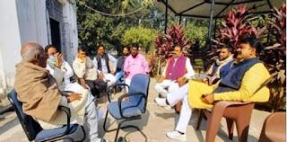JDU अध्यक्ष से मिलने पहुंचे कांग्रेस और BSP के विधायक, बिहार में बढ़ी सियासी हलचल
