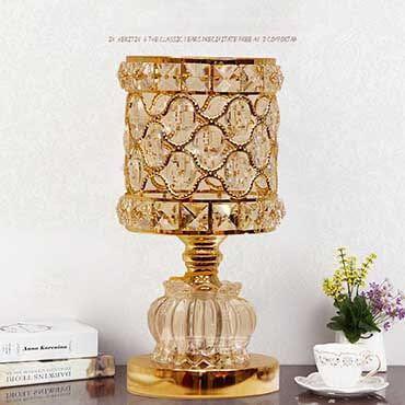 Những mẫu đèn bàn pha lê phòng khách được yêu thích nhất 2018