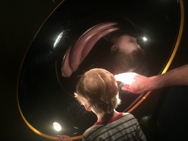 Techniquest-Virtual-Reality-changing-room-a-toddler-explores-an-image-of-the-3D-exhibit