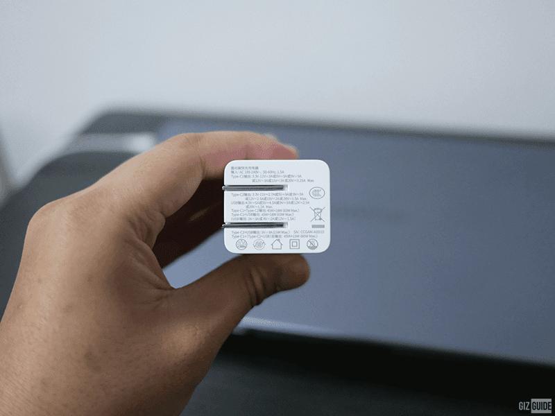 90-degree foldable plug