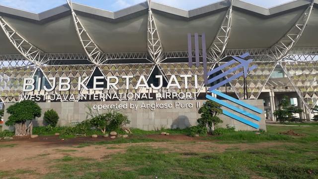 Wagub Ingin Bandara Kertajati Jadi Tempat Berangkat Jemaah Umrah Jabar.