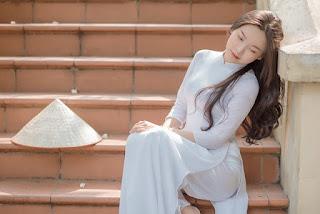 Thiếu nữ xứ Thanh diện áo dài trắng khiến cánh mày râu ngẩn ngơ