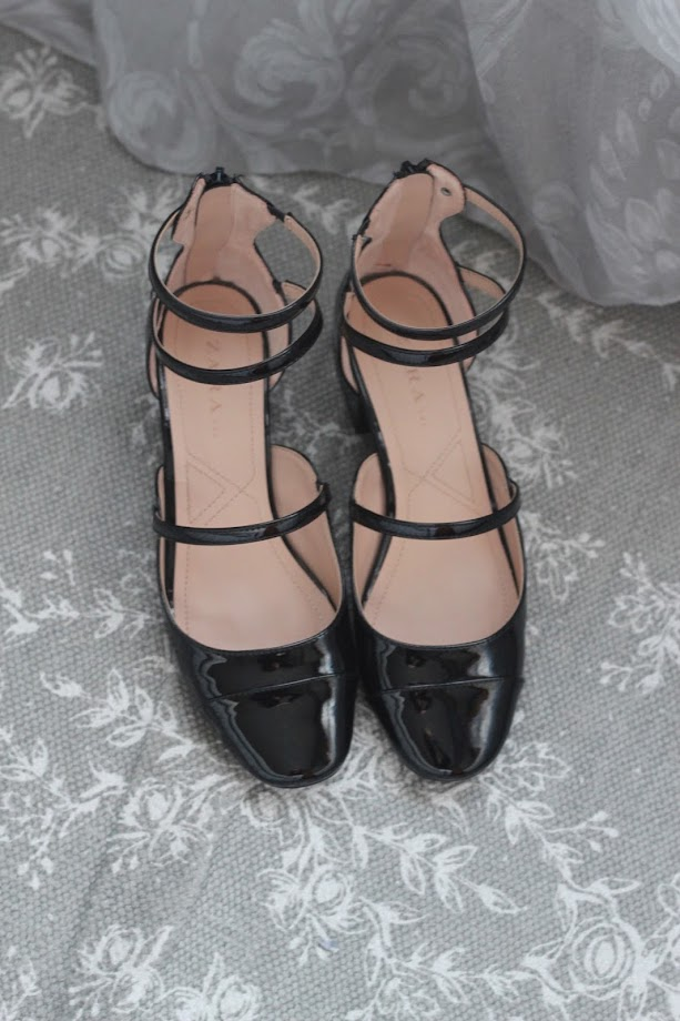 photo-zapatos-bailarinas-negras-tira-zara