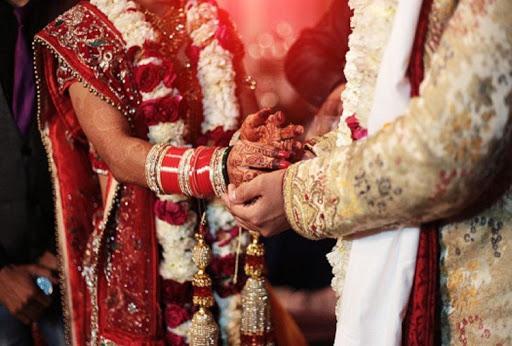 News-In-Short-कोरोना-कर्फ्यू-के-दौरान-दस-लोगों-की-मौजूदगी-में-घर-पर-ही-हो-सकेंगे-विवाह