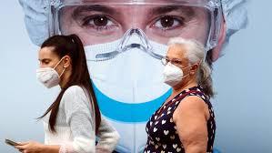 ¿Por qué hay que seguir usando mascarilla después de vacunarse contra el Covid?