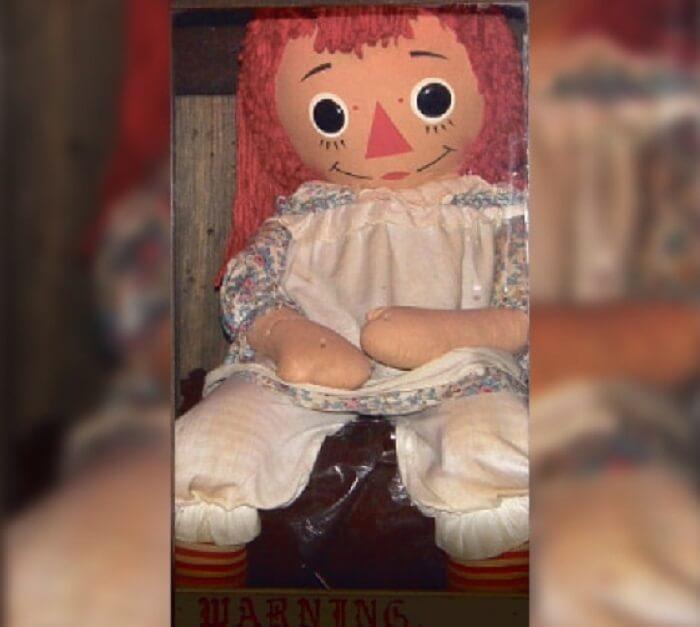 Patung Annabelle