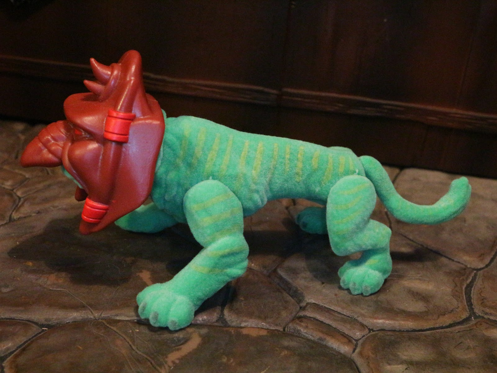 Loyal Subjects Masters of the Universe Wave 2 Hot Topic Flocked Battle Cat
