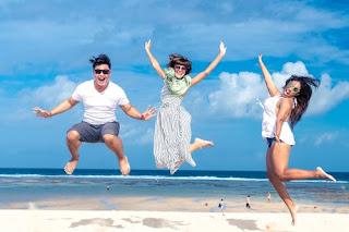man-woman-jumping