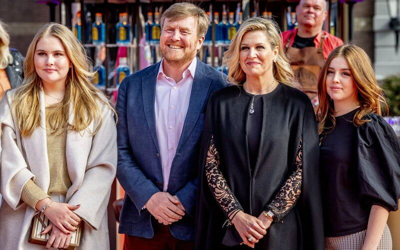 Queen Maxima wore a jumpsuit by Elie Saab. Princess Alexia wore leggings by Zara, and balloon sleeved top by H&M