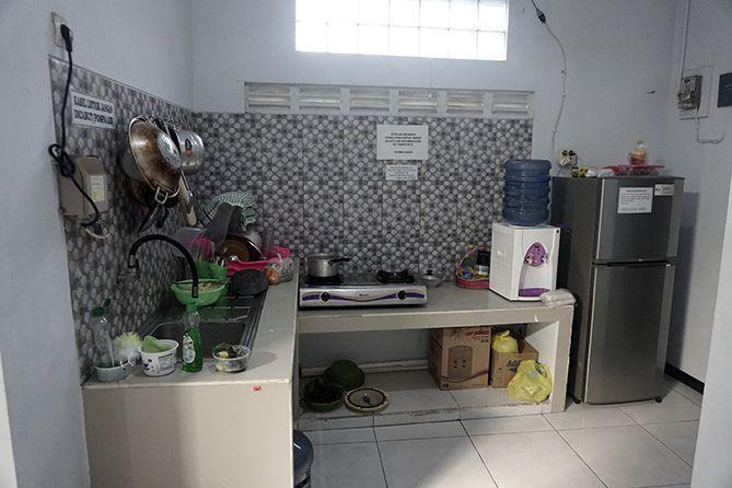 Fasilitas dapur di Homestay 89 Jepara