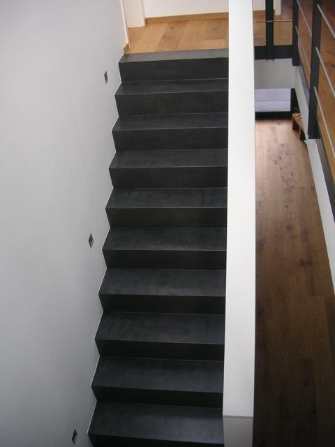 beton cire oberfl chen in beton look beton cire treppe. Black Bedroom Furniture Sets. Home Design Ideas