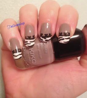 taupe_zebra_nail_art