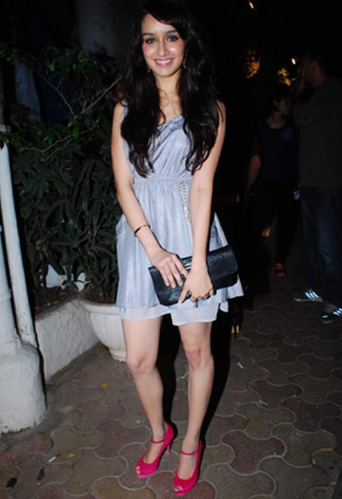 Shraddha Kapoor Hot Sexy Beautiful Pictures - 4  Hot -8054