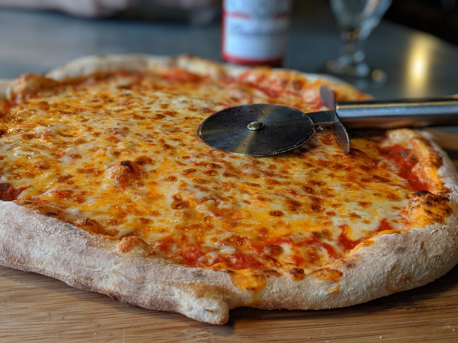 Kids Eat Free at Porky's - A Review  - margherita pizza