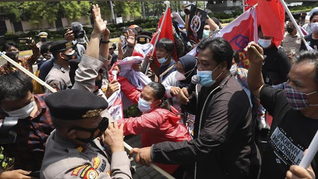 Dampingi Solidaritas Rakyat Sipil Myanmar, 2 Aktivis LBH Jakarta Ditangkap