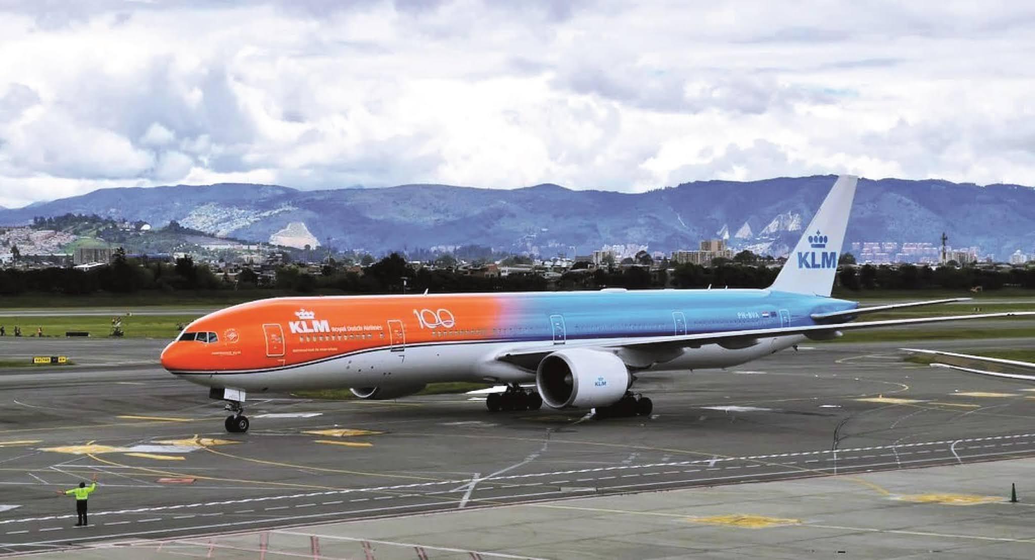 Viajeros internacionales sí podrán ingresar sin PCR negativa y tomarla en Colombia