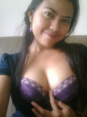 http://ceritadewasaterasyik.blogspot.com/