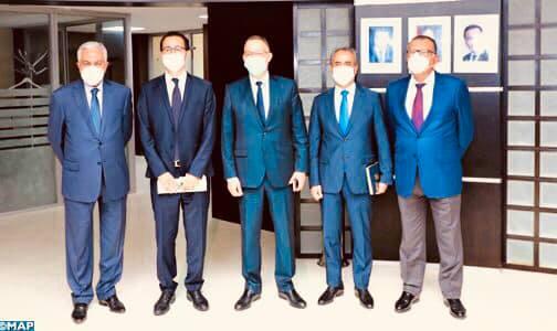 الوزير الفردوس : تم الاتفاق مع مهنيي قطاع الصحافة على عقد شراكة وطيدة لبلورة برنامج يستجيب للإكراهات الآنية✍️👇👇👇